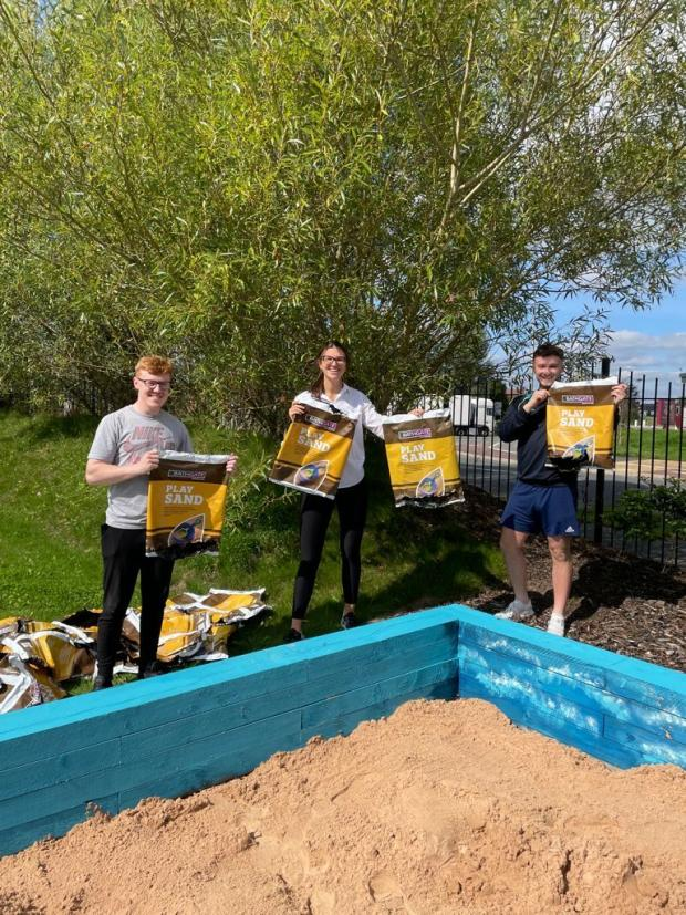 Northwich Guardian: The residents received the help of local businesses to transform the garden